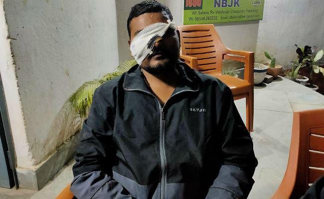 चौपारण : मनरेगा जेई के साथ मारपीट, महिला ने लगाया छेड़खानी का आरोप