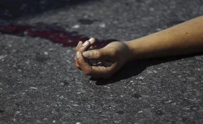 बिहार : मुजफ्फरपुर में जवान ने एके-47 से खुद को उड़ाया
