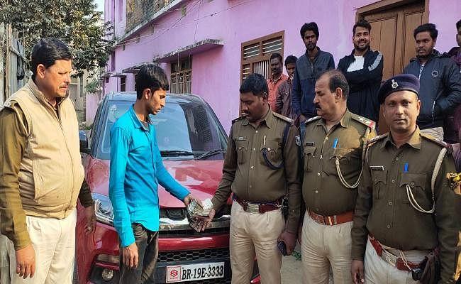 सहरसा : पूर्व मुखिया के चालक ने रची फर्जी लूट की साजिश, पुलिस ने कार से बरामद किया कैश
