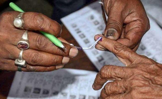 दिल्ली विधानसभा चुनावः राजनीतिक पार्टियों से क्या चाहते हैं दिल्ली के वरिष्ठ नागरिक