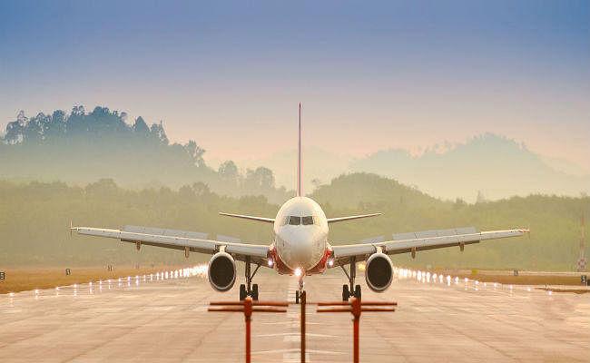 चाइना ईस्टर्न एयरलाइन ने कोलकाता से कुन्मिंग के बीच सारी उड़ानें रद्द की