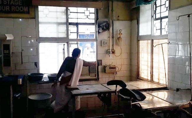 SKMCH के डिलीवरी रूम में लगी आग, भागम-भाग में दो महिलाओं को शुरू हो गयी प्रसव पीड़ा, फिर...