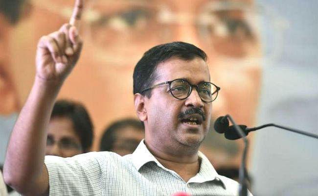 Delhi Assembly Election 2020 : लगभग हर सीट पर त्रिकोणीय मुकाबला, जानें कौन दे रहा केजरीवाल को टक्कर