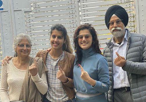 Delhi Polls 2020: तापसी ने वोट डालने को लेकर सोशल मीडिया पर ट्रोल को दिया करारा जवाब