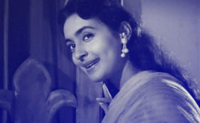 गुजरे जमाने की मशहूर अभिनेत्री नूतन के घर चोरी, एक व्यक्ति गिरफ्तार