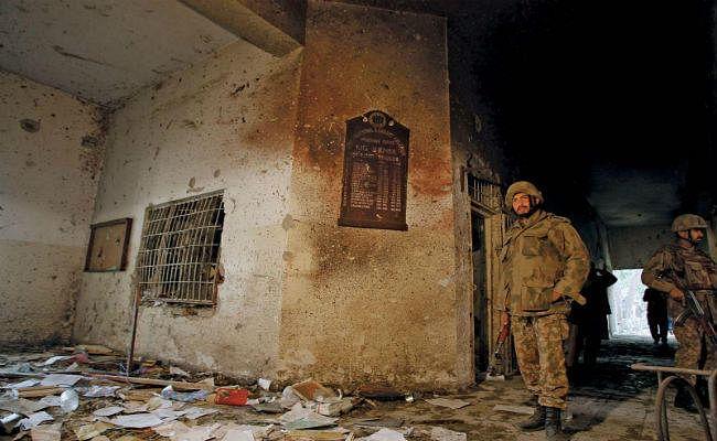2014 में पेशावर के आर्मी स्कूल पर हुए हमले के सरगना के जेल से फरार, भगाने वालों के खिलाफ कोर्ट में याचिका दायर