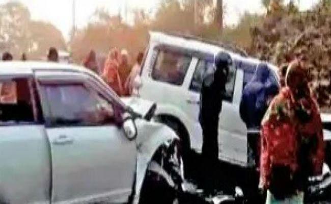 तारापीठ में पूजा कर लौट रहे और पूजा करने आ रहे लोगों की कारों में भिड़ंत, दो की मौत