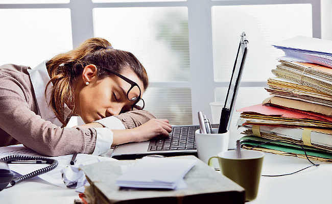 1380520 | दिन भर नींद या सुस्ती बढ़ा सकती है गंभीर बीमारियों का खतरा