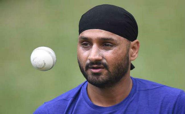 न्यूजीलैंड के खिलाफ पहले टेस्ट में पृथ्वी की जगह शुभमान को मिलना चाहिए मौका : हरभजन सिंह