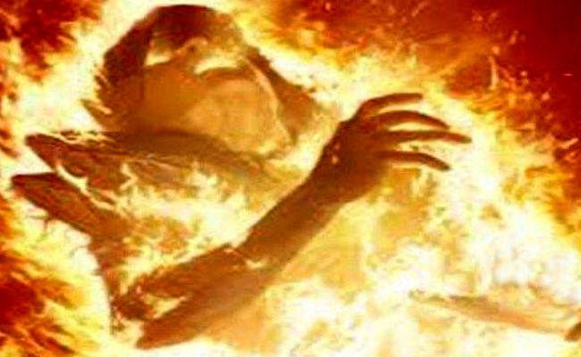 सौतन पर तेल छिड़क कर जला कर मार डाला