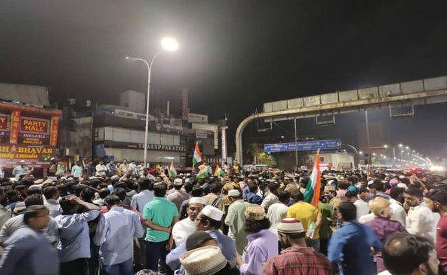 CAA के खिलाफ शांतिपूर्ण विरोध प्रदर्शन करना ''गद्दारी या देशद्रोह'' नहीं: बॉम्बे हाईकोर्ट