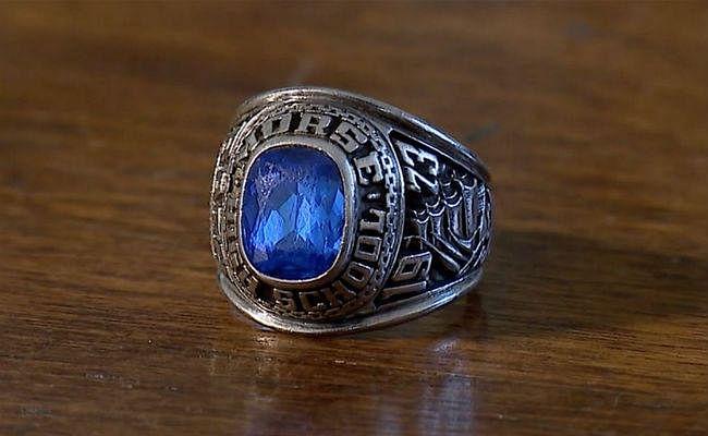 47 साल पहले अमेरिका में खो गई थी जो अंगूठी, वो फिनलैंड के जंगल में इस हाल में मिली