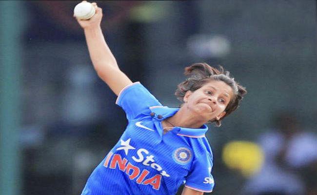 टी20 विश्व कप : पूनम के तीन विकेट से भारत ने अभ्यास मैच में वेस्टइंडीज को हराया