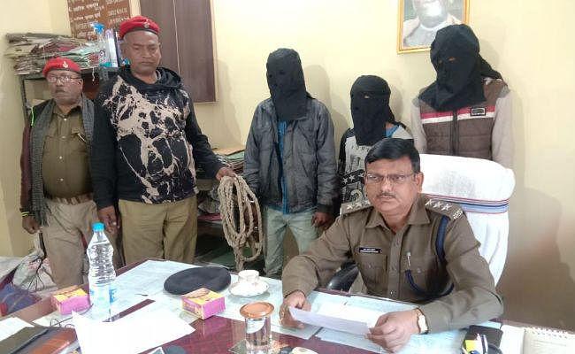 गुमला : चोर बन गये थे चुनौती, पुलिस ने रणनीति बनाकर गिरोह के तीन सदस्यों को दबोचा