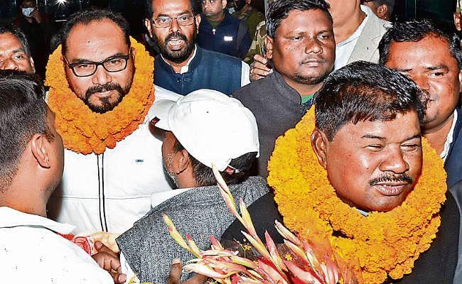 दिल्ली से लौटे प्रदीप और बंधु, किया दावा- असली झाविमो का ही कांग्रेस में हुआ विलय