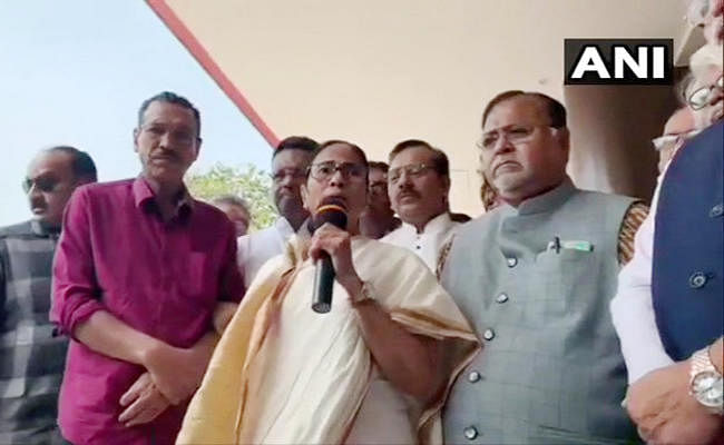 West Bengal : ममता ने तापस पाल की मौत के लिए केंद्र को ठहराया जिम्मेदार