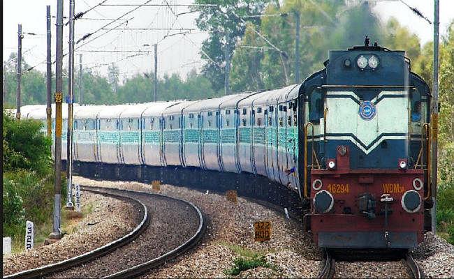 पटना : अब 31 मार्च तक 24 ट्रेनें सप्ताह में एक दिन रद्द