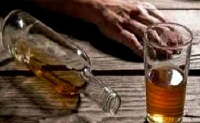 गिरिडीह : डीसी ने भेजी रिपोर्ट, 15 में से 11 की मौत जहरीली शराब से