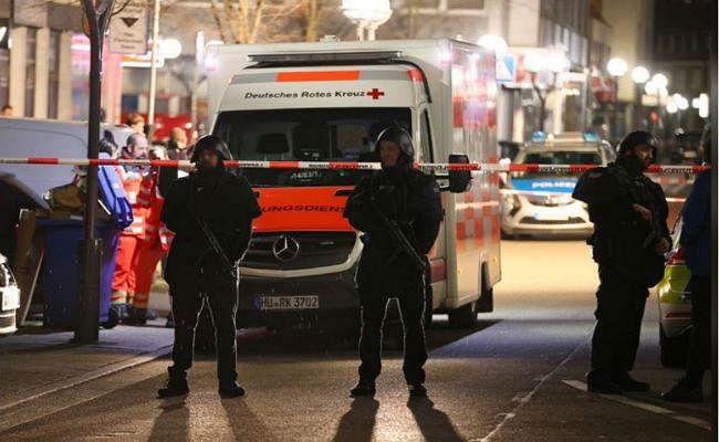 जर्मनी: दो बंदूकधारियों ने अंधाधुंध बरसाई गोलियां, 8 की मौत 5 लोग गंभीर रूप से घायल