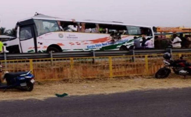 केरल: रफ्तार लील गई कई जिंदगी, ट्रक और बस की टक्कर में हुई 19 लोगों की मौत, कई घायल