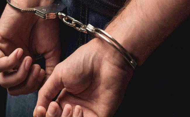 हावड़ा ब्रिज के पास चरस के साथ दो गिरफ्तार