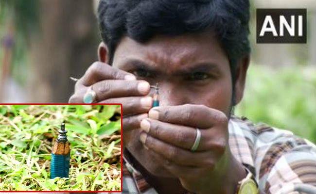 महाशिवरात्रि: ओड़िशा के इस शख्स ने पेंसिल की निब पर ''शिवलिंग'' बना दिया