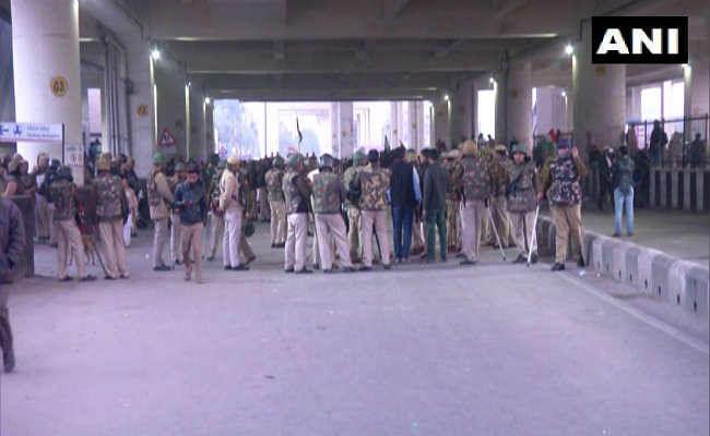 शाहीन बाग में सड़क खुली तो जाफराबाद में जुटे प्रदर्शनकारी, भीम आर्मी ने किया भारत बंद का एलान