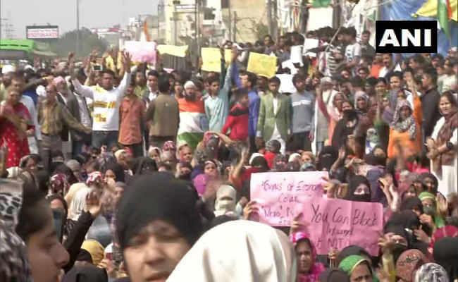 CAA Protest: शाहीनबाग, जाफराबाद के बाद अब चांदबाग में प्रदर्शन, कपील मिश्रा का ट्वीट- सही कहा था मोदी जी ने