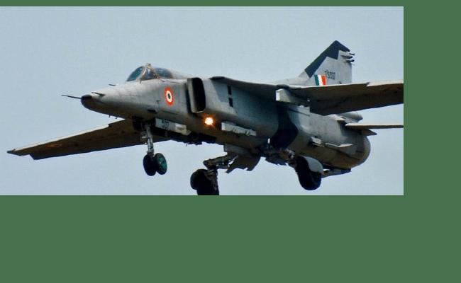 भारतीय नौसेना का विमान मिग-29 K हुआ दुर्घटनाग्रस्त, किसी के हताहत होने की खबर नहीं
