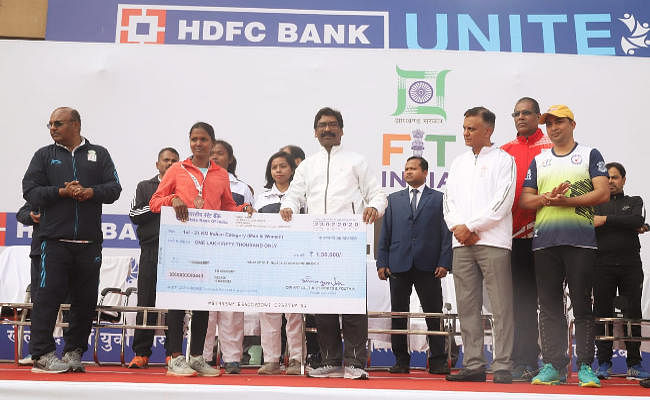 रांची में दौड़े 6000 लोग, हेमंत बोले : Ran-O-Thon जैसे कार्यक्रमों से झारखंड में तेजी से बढ़ेगा फिट इंडिया का कॉन्सेप्ट
