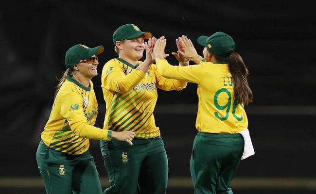 Women''s T20 World Cup : दक्षिण अफ्रीका ने इंग्लैंड को रौंदकर किया बड़ा उलटफेर