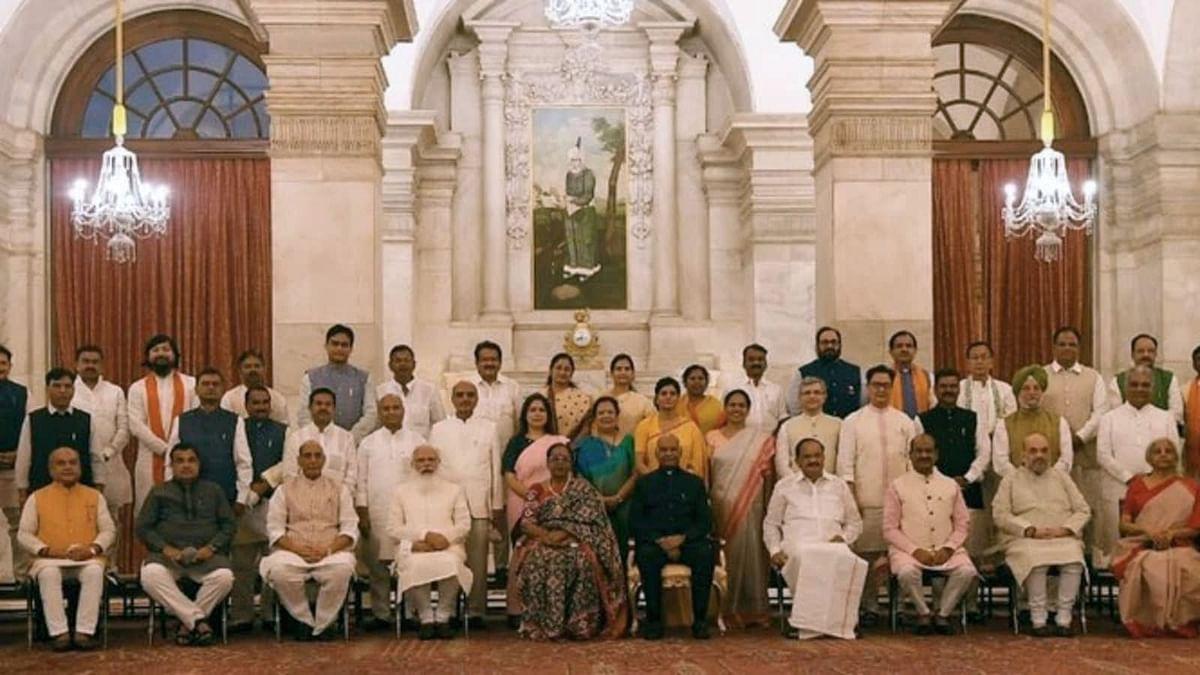 मोदी सरकार के इतने मंत्रियों पर क्रिमिनल केस चल रहे हैं. कितने करोड़पति हैं ये भी जान लीजिए