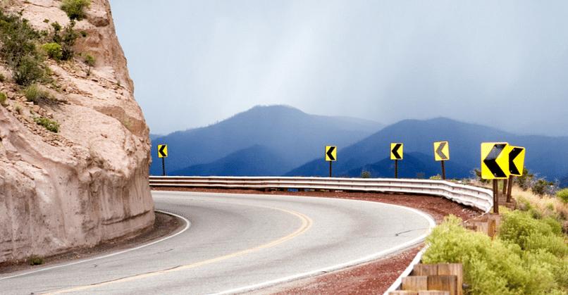सड़क दुर्घटनाओं को रोकने के लिए IIT के शोधकर्ताओं ने 'स्मार्ट रोड मॉनिटरिंग सिस्टम' विकसित किया