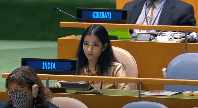 स्नेहा दुबे से पहले ये युवा राजनयिक भी UN में पाकिस्तान को लताड़ चुके हैं