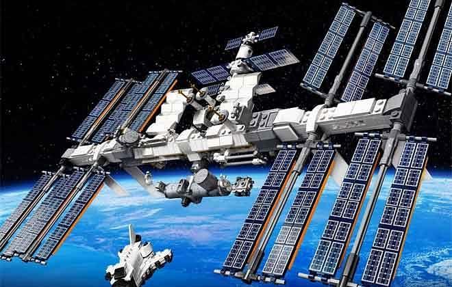 अंतर्राष्ट्रीय स्पेस स्टेशन की लागत 120 अरब रुपए है, 16 बार देखता है सूर्योदय, सूर्यास्त