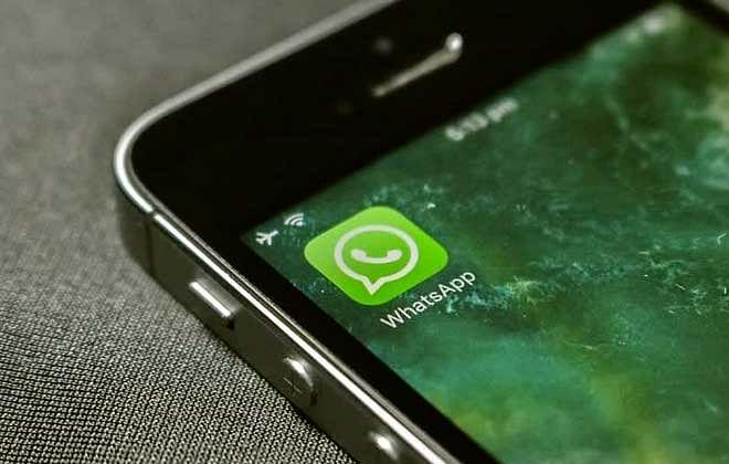 वाट्सऐप बैंकिंग समझिये, एफडी(FD) के साथ अन्य कई सुविधाएं, सावधान रहने की भी ज़रुरत