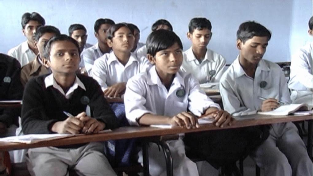 یو پی: یومِ آزادی کے موقع پر اسکولوں کو دوبارہ کھولنے کا اعلان