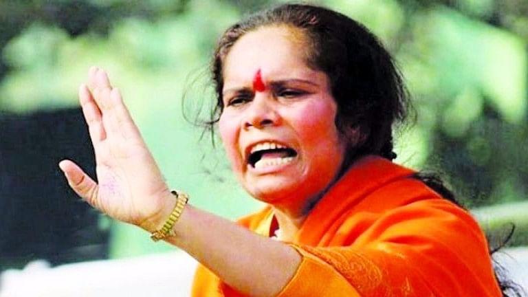 سادھوی پراچی نے عدالت کو ہی لگا دی ڈانٹ، کہا 'فساد چاہتے ہیں تو ہٹوا دیں پوسٹر'