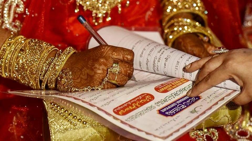 شادی میں پٹاخہ اور ڈی جے کا استعمال ہوا تو مولوی صاحب نہیں پڑھائیں گے نکاح!