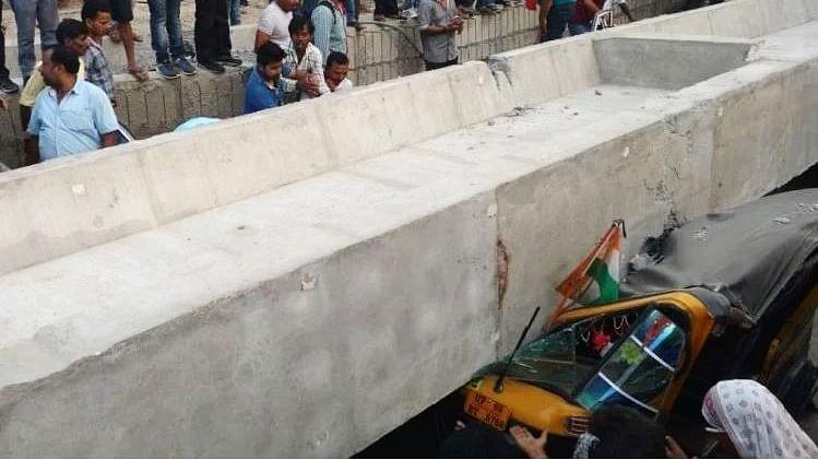 وارانسی میں دردناک حادثہ، زیر تعمیر پل منہدم، 22 ہلاک