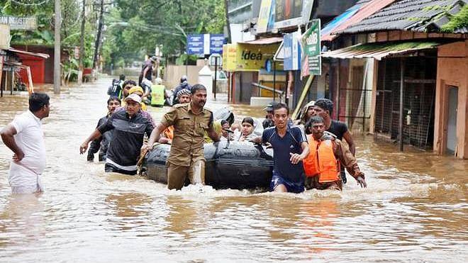 سیلاب سے تباہی کے بعد کیرالہ پیسے پیسے کو محتاج، پی ایم مودی کو نہیں آ رہا رحم!