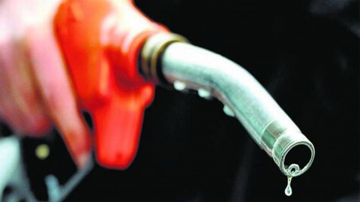 پٹرول ڈیزل کی قیمتیں 22 ویں روز بھی اعلیٰ ترین سطح پر برقرار