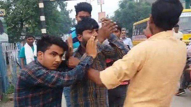 یوپی: گئو رکشکوں کی دہشت جاری، شاملی میں 2 مسلم نوجوانوں کو بے رحمی سے پیٹا