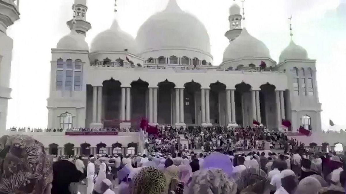 چین میں مسجد مسمار کرنے کا حکم، مسلمان سراپا احتجاج