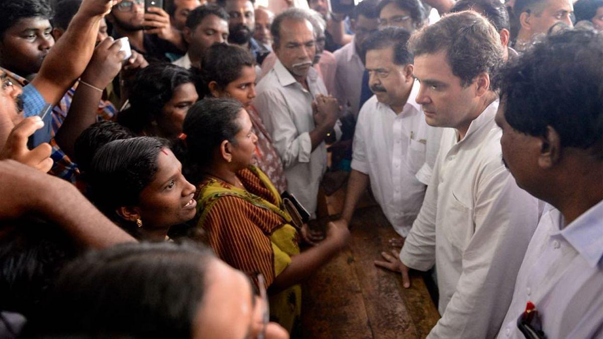 راہل گاندھی کا سیلاب زدہ کیرالہ کا دورہ، متاثرین سے ملاقات