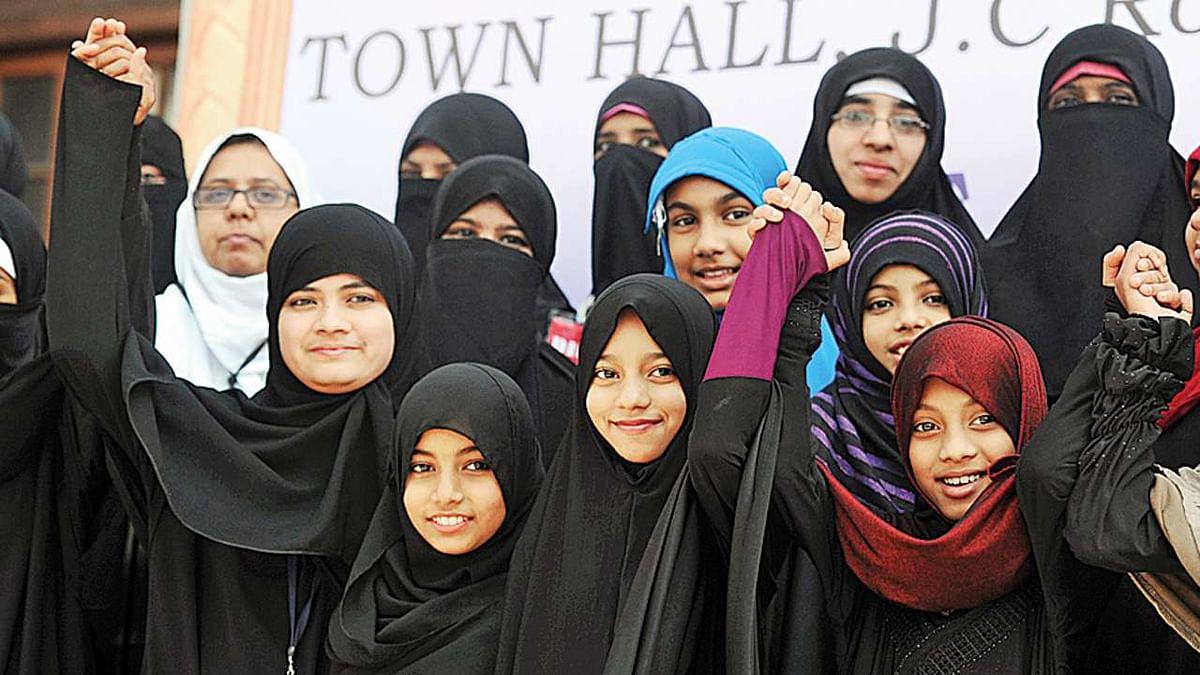 طلاق ثلاثہ: مسلم خواتین پر کوئی ظلم نہیں ہو رہا