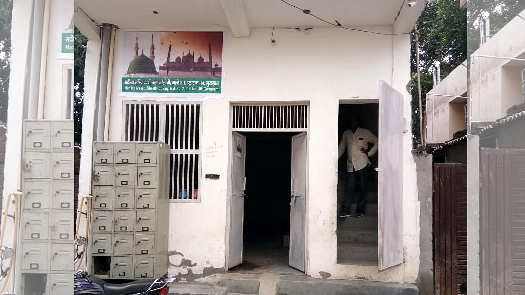 گڑگاؤں میں شر پسندوں کی دھمکی، مسجد یہاں نہیں رہنے دیں گے