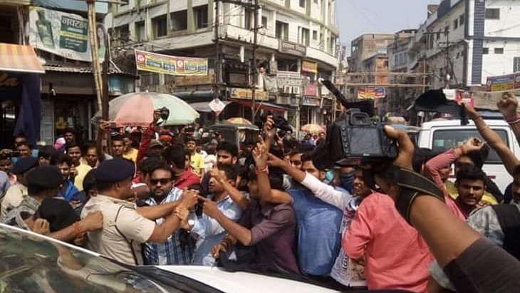 بھاگلپور:  شاہنواز حسین کو  سورن سینا نے دکھائے کالے جھنڈے