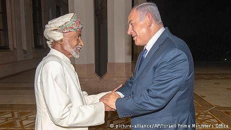 سلطان قابوس کا مسلمانوں کی پیٹھ میں خنجر، اسرائیلی وزیراعظم سے خفیہ ملاقات
