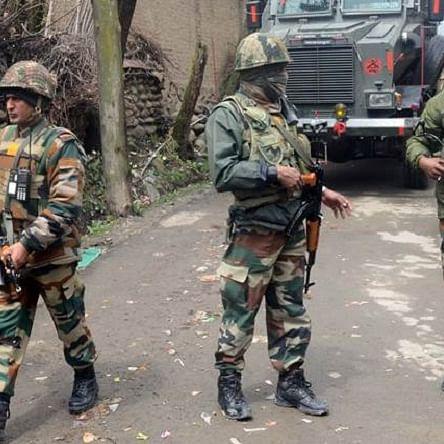 کشمیر میں تصادم کی فائل تصویر